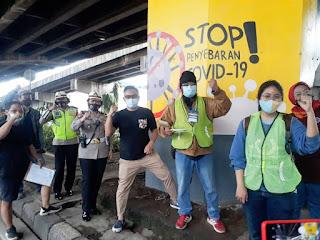 Giat Satlantas Restro Jakarta Timur Laksanakan Penyuluhan Pelukis Mural Edukasi Covid-19