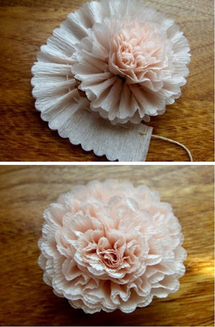 Crepe ruffle flower tutorial. Click through to see 30 Fabulous Flower Tutorials