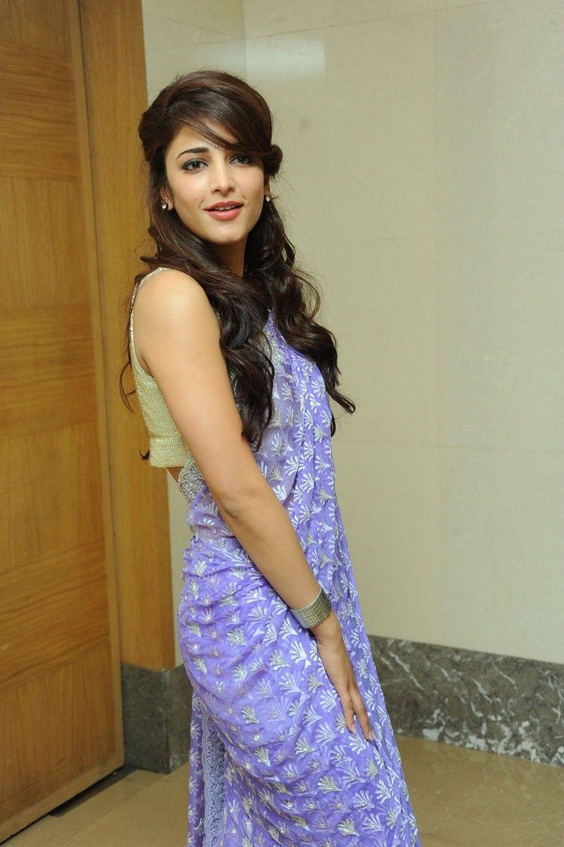 Bollywood Hot Actress Shruti Haasan Hip Navel Stills In Blue Saree
