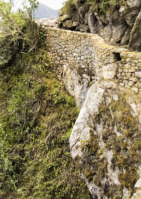 Machu Picchu Photos: Trail to the Inca Bridge