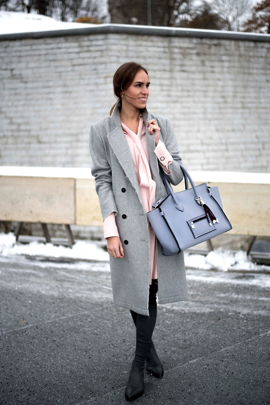 gray coat winter outfit