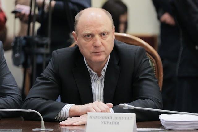 Анатолій Бурміч: Союз вітчизняних олігархів та іноземних інвесторів веде Україну до деградації