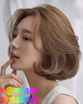 tóc mái dài đến chóp mũi