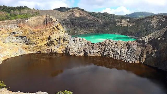 Coloured Lakes of Kelimutu, Indonesia