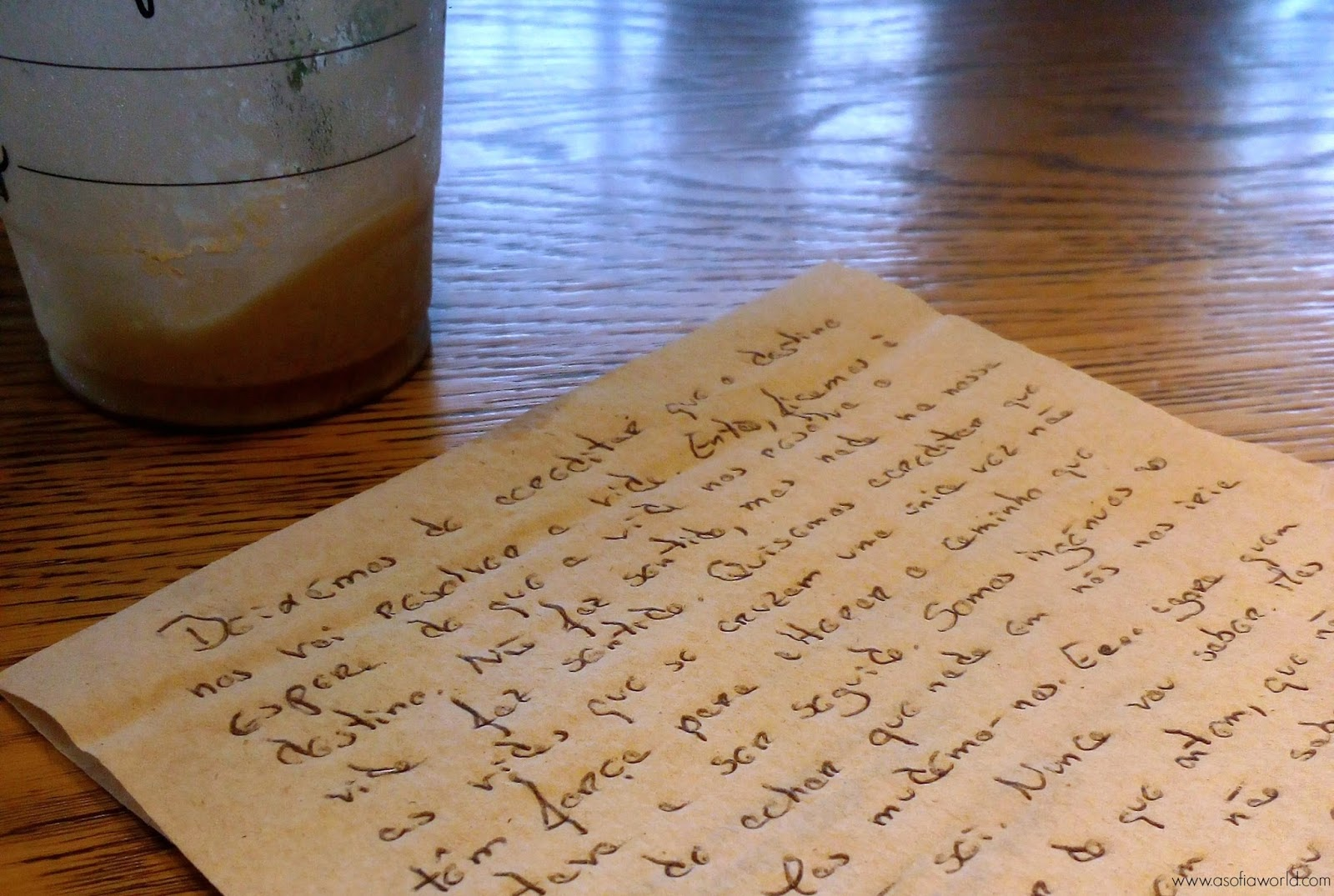 O Tempo num guardanapo de papel do Starbucks