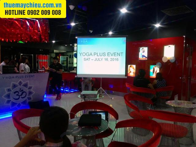 Cho thuê máy chiếu tổ chức Event tại California Yoga Plus