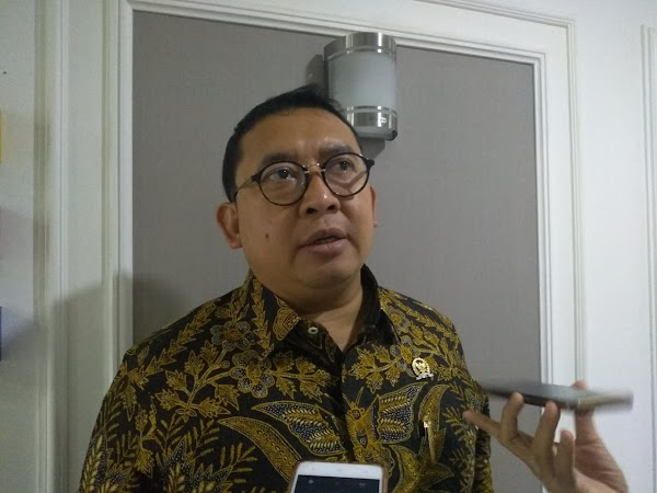 Fadli Zon: Kerumunan Jokowi Dianggap Spontanitas, Kerumunan HRS Diganjar Tersangka