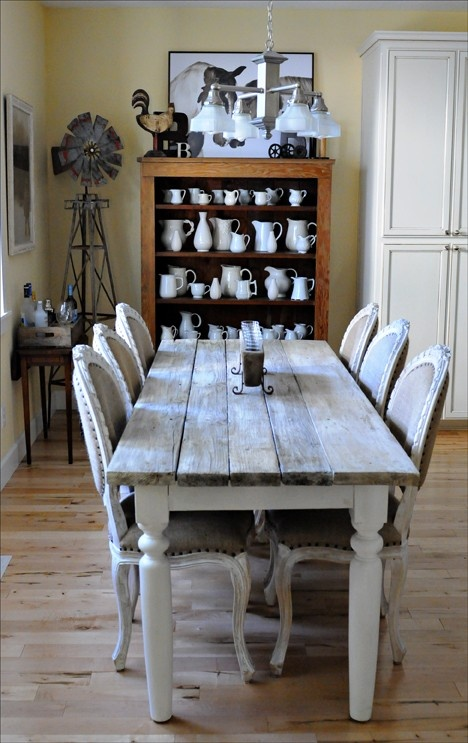 KariAnne Has A Beautiful Farmhouse Table With Bench SeatingI So Love The Look