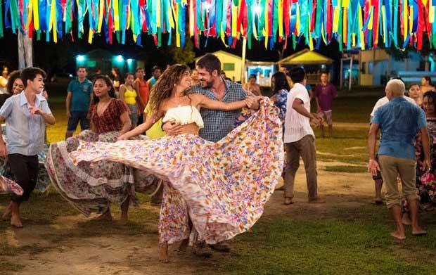 Ritinha dançando Força do Querer