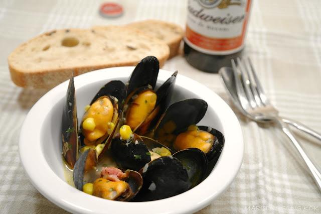 musslor kokta i öl