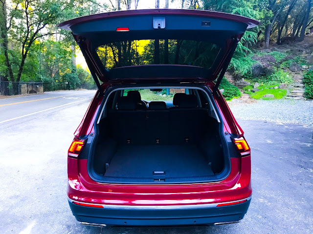 Liftgate open on 2020 Volkswagen Tiguan 2.0T SEL with 4MOTION
