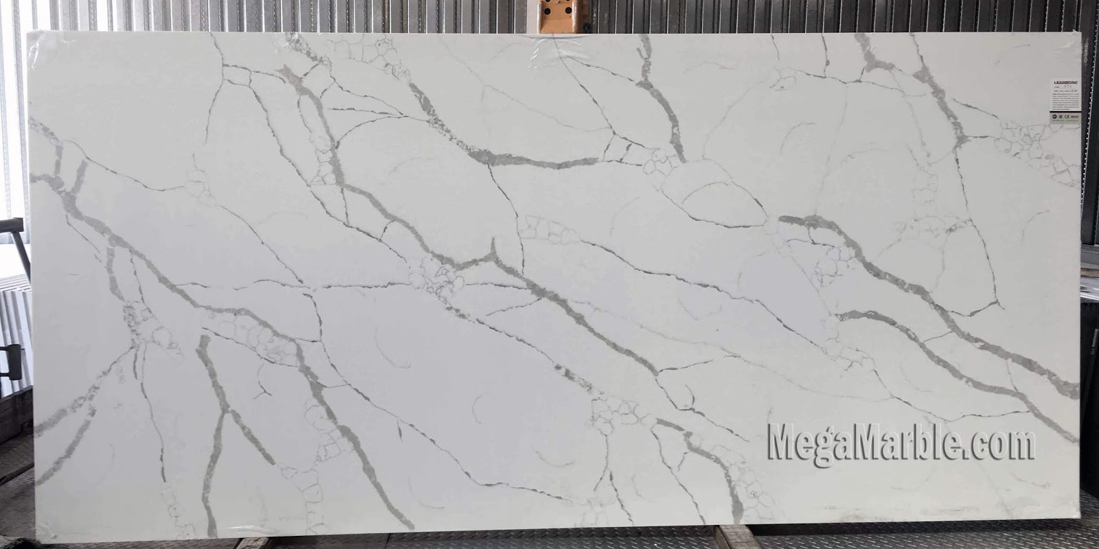 Quartz Countertops That Look Like Marble Countertops New York