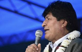 Evo Morales afirma que opositores incendiaram a casa de sua irmã