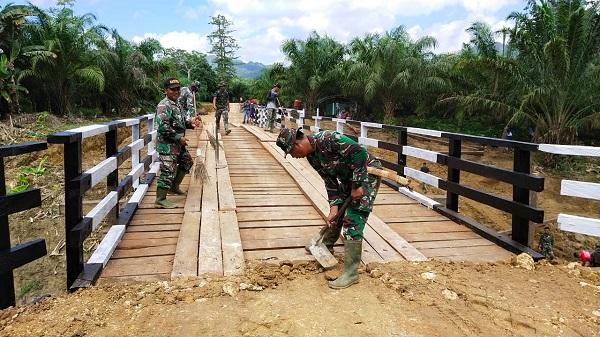 TMMD 108 Kodim 0909/Sangatta sudah berjalan 28 hari Tinggal Perapian dan Pembersihan Sekitar Lokasi Jembatan