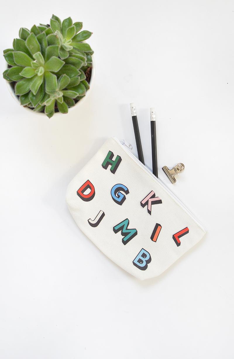 DIY canvas make up bag @burkatron