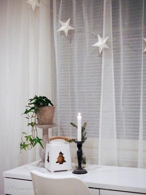 makuuhuone makuuhuoneen sisustus valkoinen tähti joulukoti joulunodotus