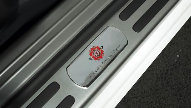ラグビーファン向け?ロールスロイス・レイスの限定車「ヒストリー・オブ・ラグビー」