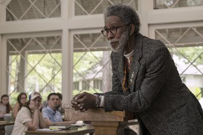 Ron-Cephas-Jones-Professor-Dr- Hyde-Lookin- for-Alaska-Hulu