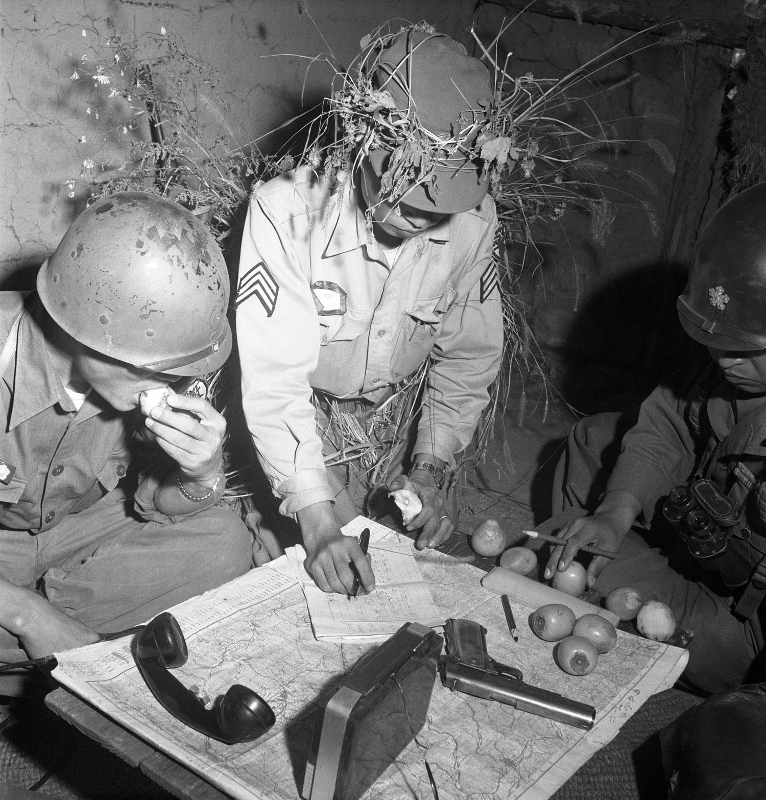 "korean war the forgotten war essay By the way, many historians often refer to the korean war as something forgotten,  even naming it ""the forgotten war,"" but none war should be forgotten because."