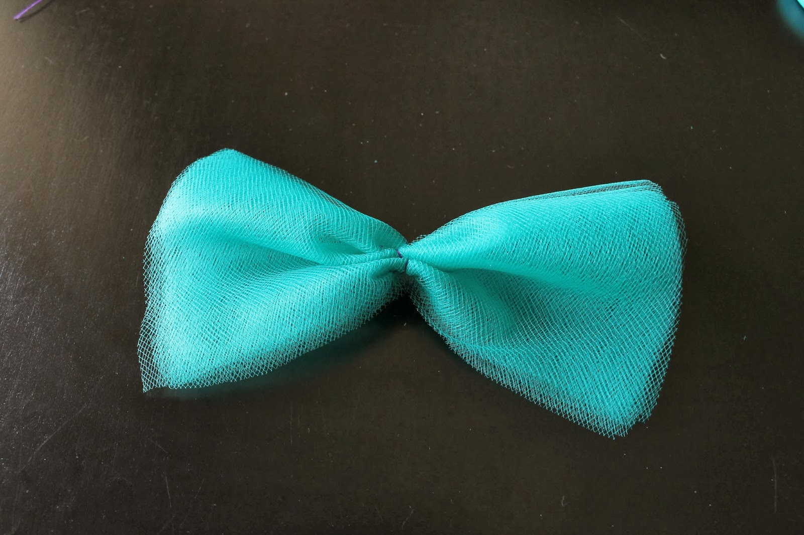 Dreaming Of Dinosaurs Pixelated And Tulle Hair Bow Diy