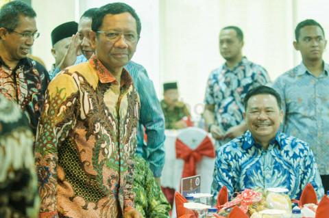 Mahfud MD: Jokowi Pernah Lapor Kasus Besar ke KPK, tapi Tak Disentuh