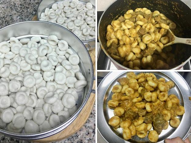 Mom's Kakka Orotti   Steamed Mini Rice Dumplings in Roasted Coconut Sauce Chicken Gravy