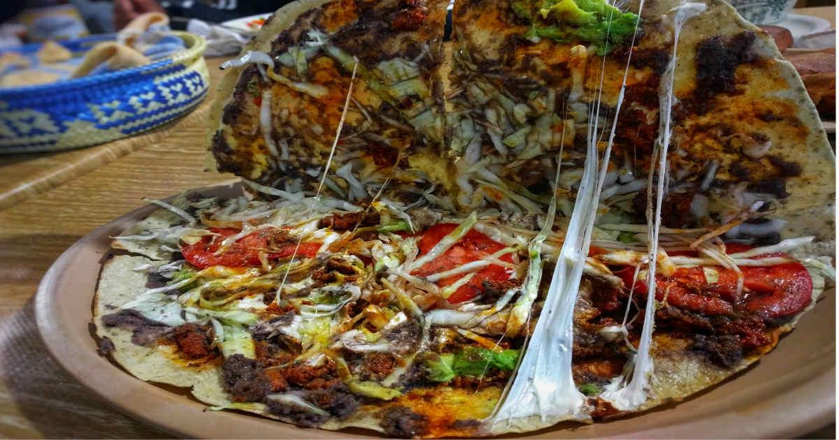 Tlayuda gana como mejor Street Food de Latinoamérica