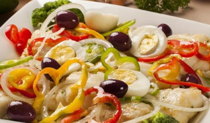 Salada de Bacalhau com Legumes
