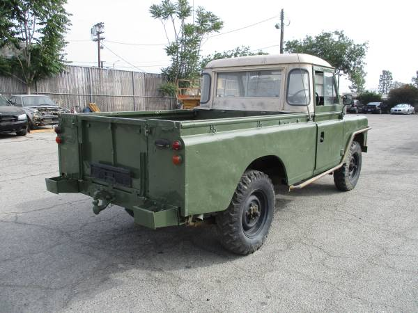 Land Rover Safari Pickup Truck