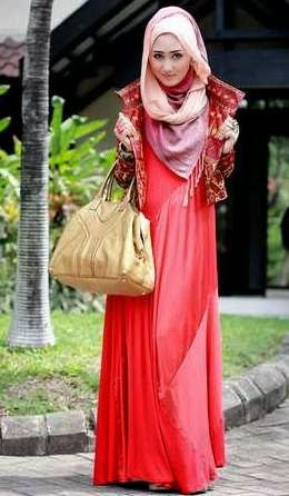 Trend Fashion Busana Muslim Dian Pelangi 2015