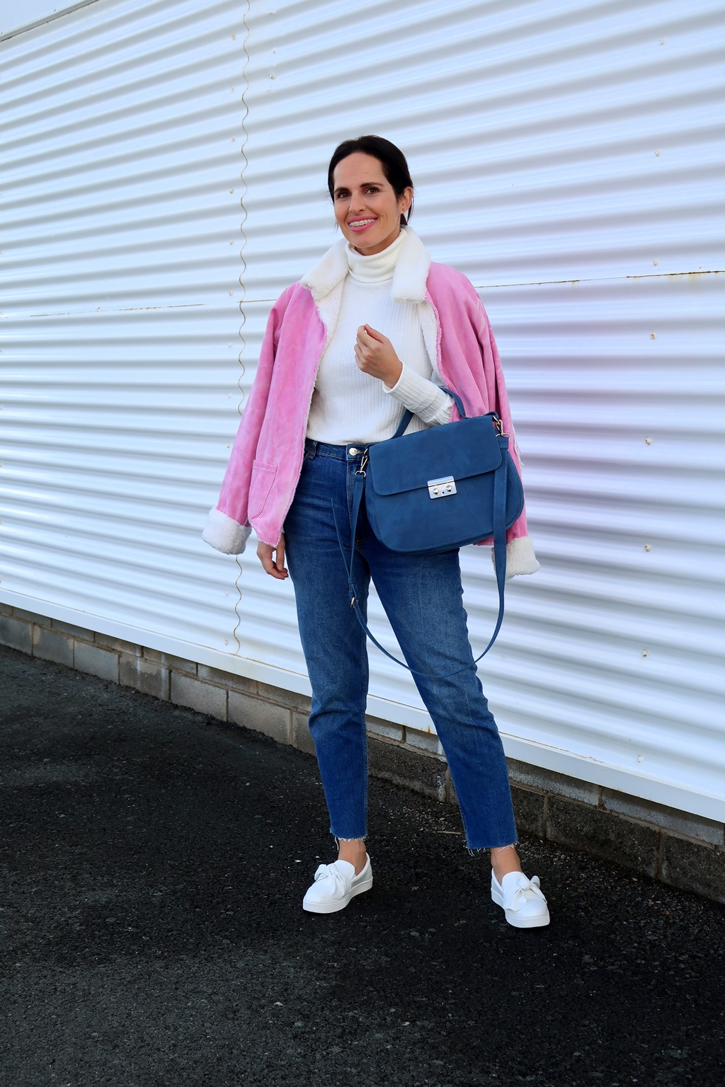 pink-jacket-casual-look