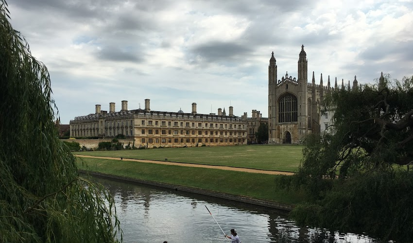 Captivating Cambridge: Market Cake, AirBNB, and a Magical Piece of Cheese