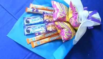 Cara Mudah Membuat Buket Snack Sendiri