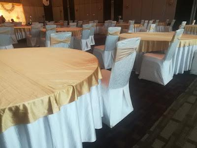 seating arrangement crown plaza kochi