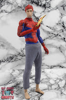 MAFEX Spider-Man (Peter B Parker) 43