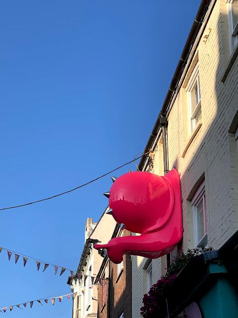 Punktured snail in Brighton