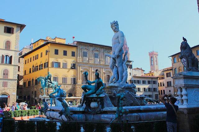 Piazza Della Signoria and the Loggia Dei Lanzi