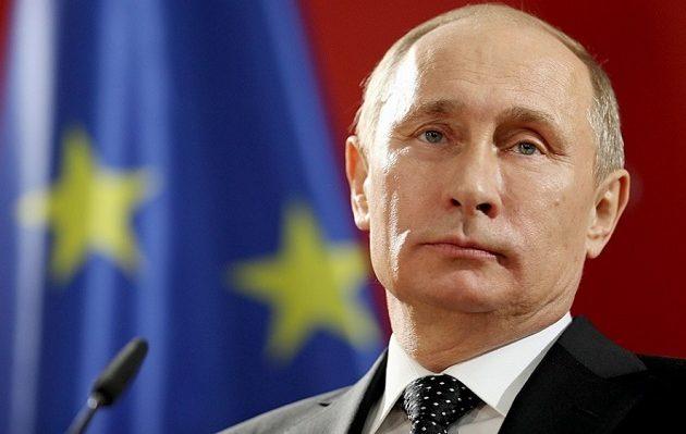 Πούτιν: Έχουμε αποδείξεις ότι ετοιμάζονται σκηνοθετημένες επιθέσεις με χημικά στη Συρία