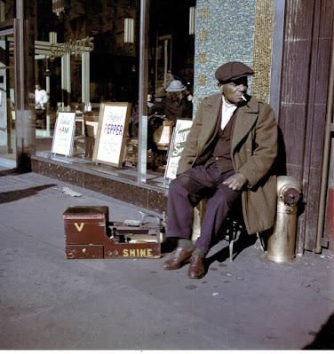 color photograph of a  Shoe Shine Man, East Harlem, 1947