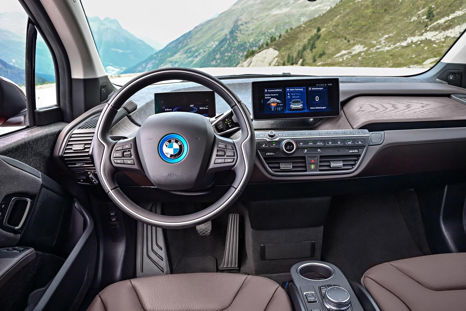 2018-BMW-i3S-13