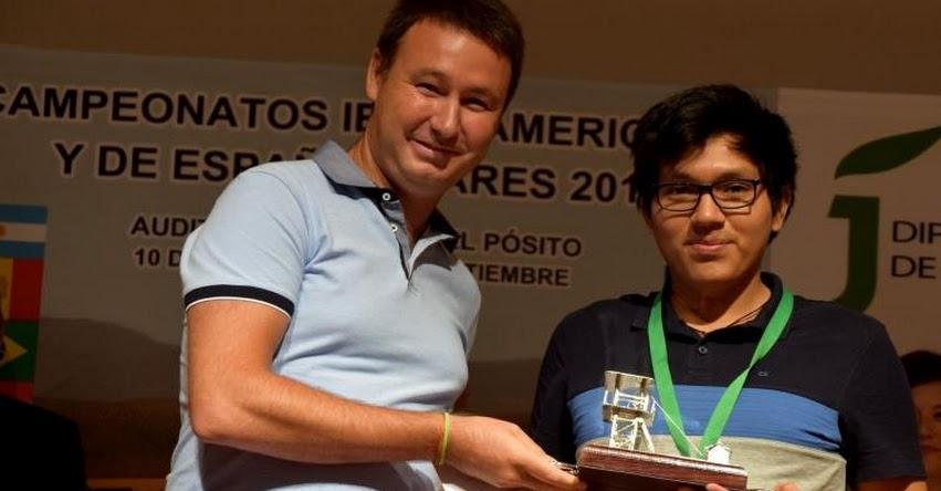 JORGE CORI: Así fue su premiación como ganador del «VII Campeonato Iberoamericano de Ajedrez» en España