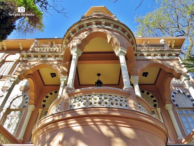 Palacete Rosa - Varanda da entrada