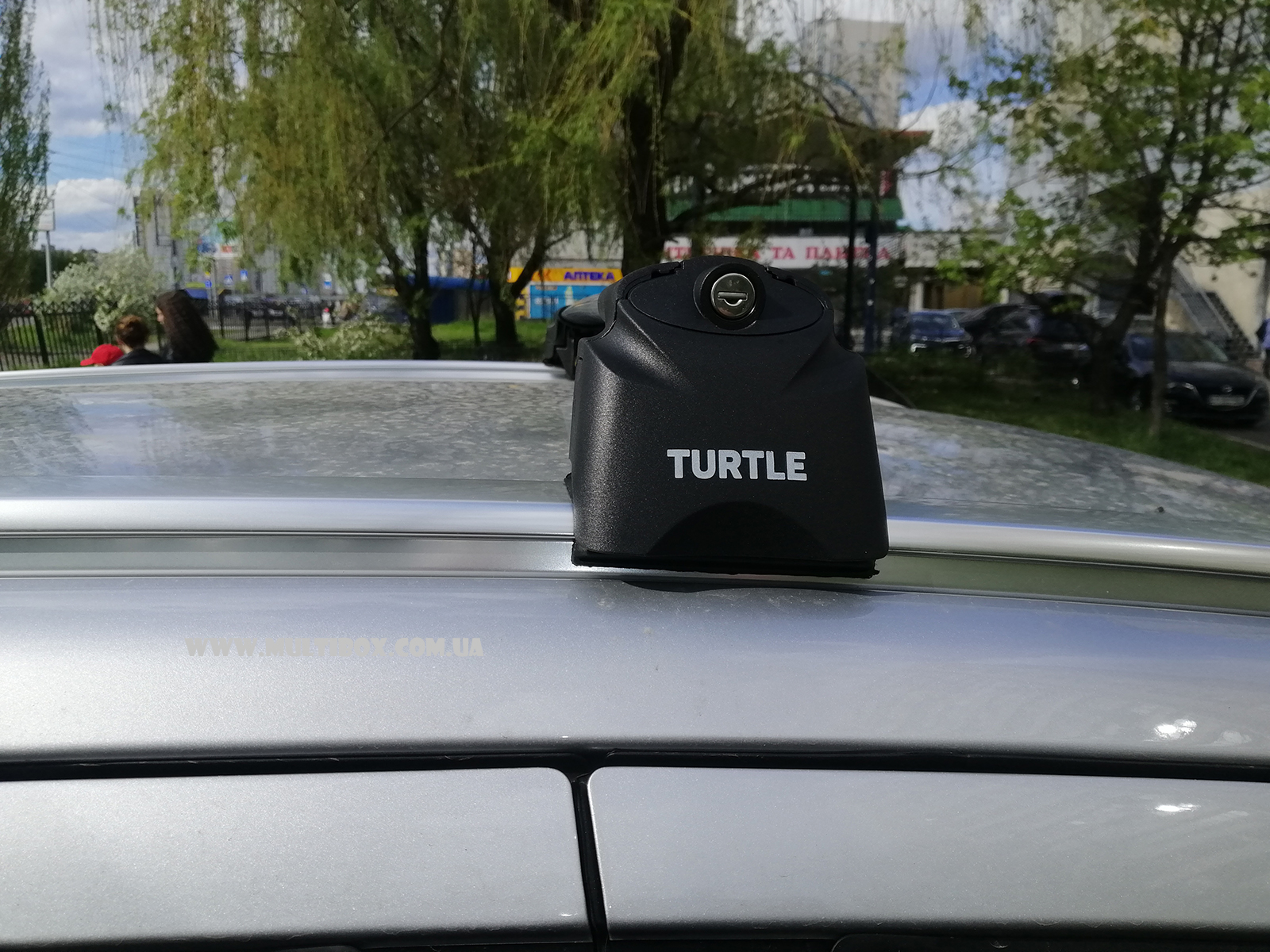 Багажник поперечины на крышу на машину Сузуки SX4 С-Кросс / Suzuki SX4 S-Cross