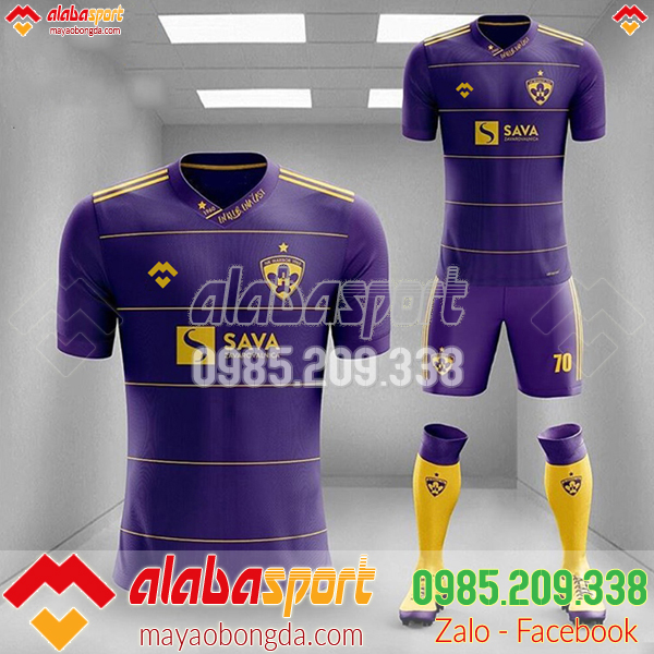 Quần áo bóng đá nữ màu tím 2019