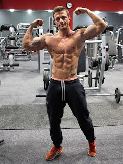 """""""نصائح بناء العضلات وعدم نمو العضلات"""""""
