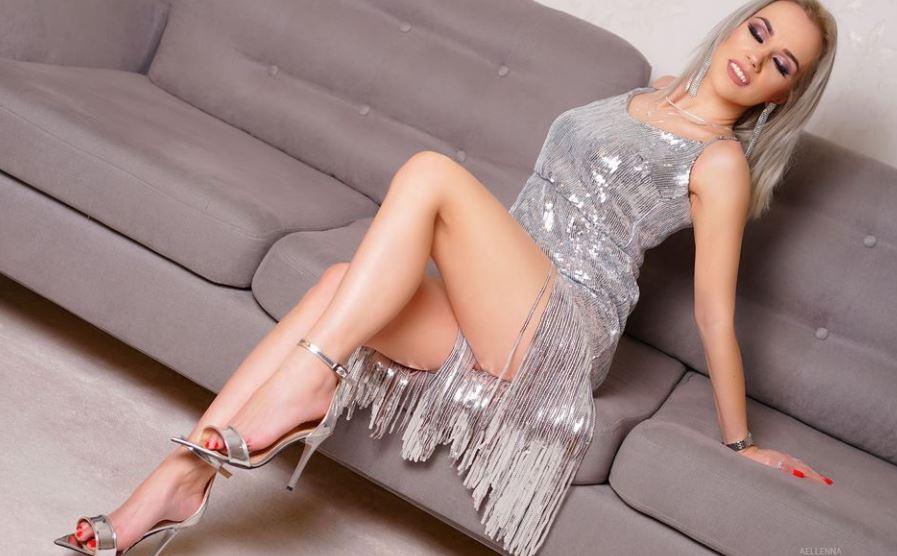Aellenna Model  GlamourCams
