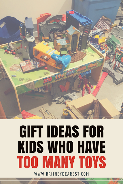 Christmas, Gift, Ideas, For Kids Who Have, Too Many Toys, Bitsbox, subscription box, monthly, kids, for, smart watch, gift cards, chuck e cheeses, cheese. britney dearest, family vlogs