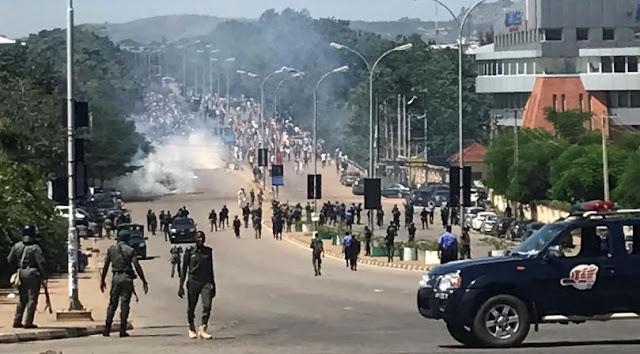 Riot as Ogun residents accuse police of killing footballer