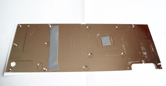Instalando backplate EK en Titan X