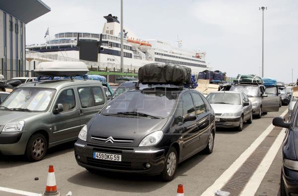 إلغاء عملية مرحبا يكبد إسبانيا تراجعا في حركة المسافرين من ميناء ألميريا بنسبة 97%